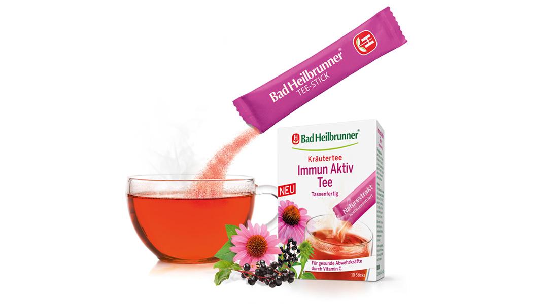 Der hochkonzentrierte Kräutertee Immun Aktiv im praktischen Stick von Bad Heilbrunner<sup>®</sup> unterstützt das Immunsystem durch Vitamin C auf natürliche Weise.
