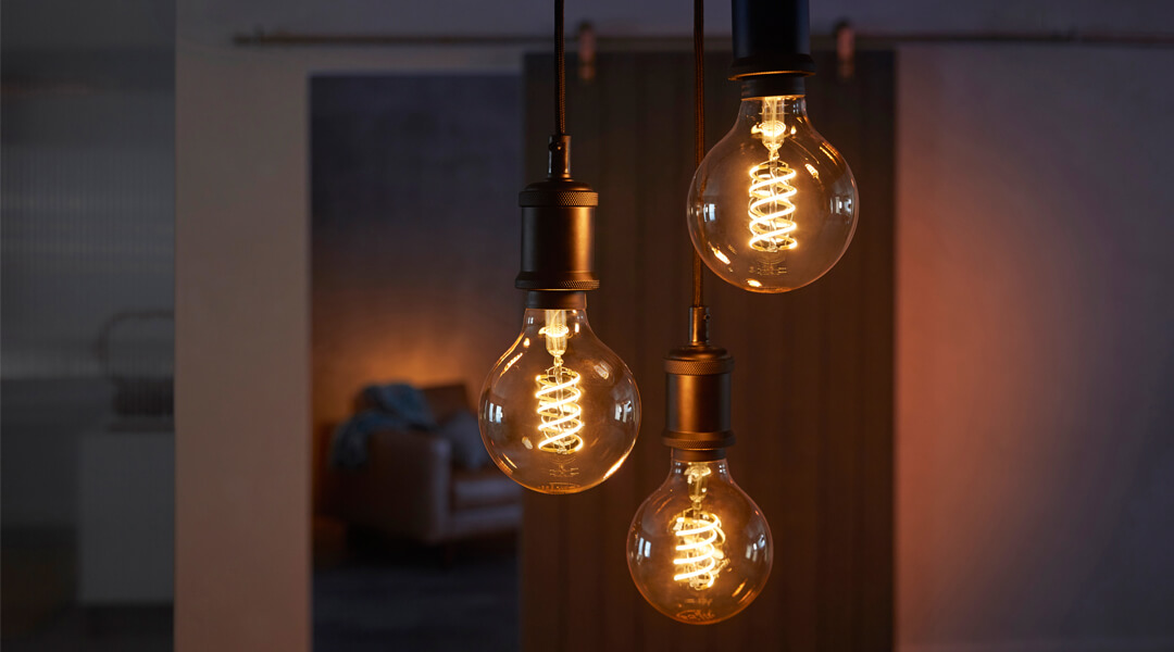 Probieren Sie in der Markenjury-Aktion die Philips Hue Filament Lampen aus und beeindrucken Sie damit auch Ihre Freunde und Follower.