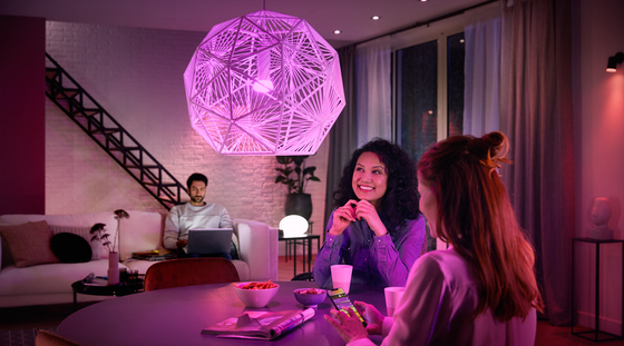Philips Hue White & Color Ambiance Starter-Kit in der Markenjury-Aktion